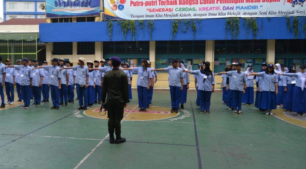 Pelatihan Bela Negara guna mempersiapkan para siswa memahami pentingnya bela negara dari berbagai gangguan